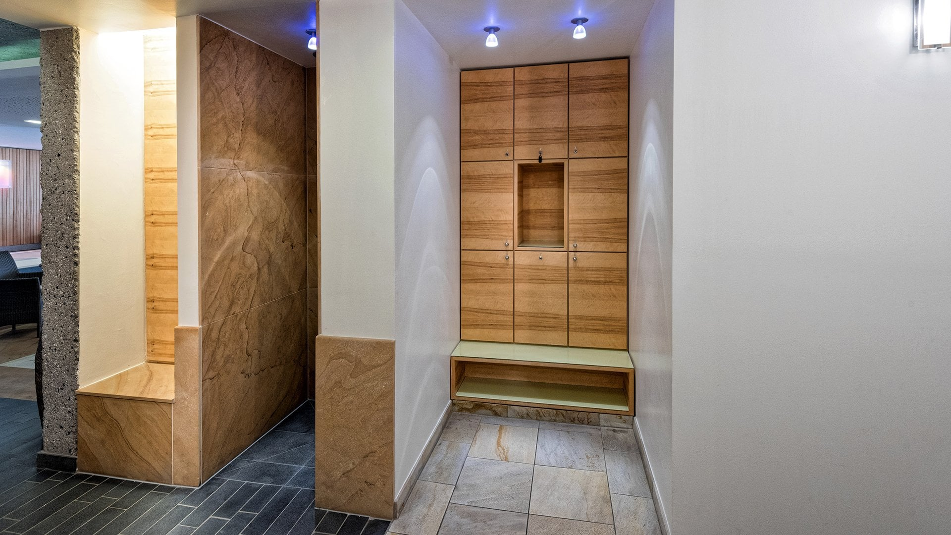 spa vital sauna relax hotel andy jerzens. Black Bedroom Furniture Sets. Home Design Ideas