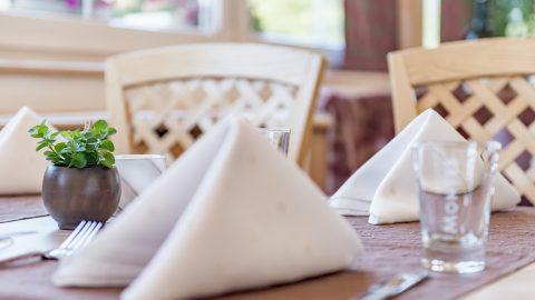 restaurant tisch gedeckt1